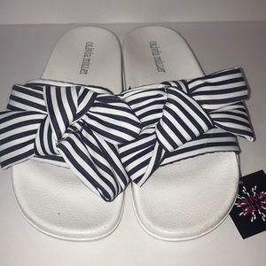 Olivia Miller Shoes - NWT Olivia Miller navy and white pool slides